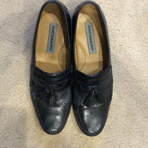 Black loafers with tassels, 10N Johnston Murphy